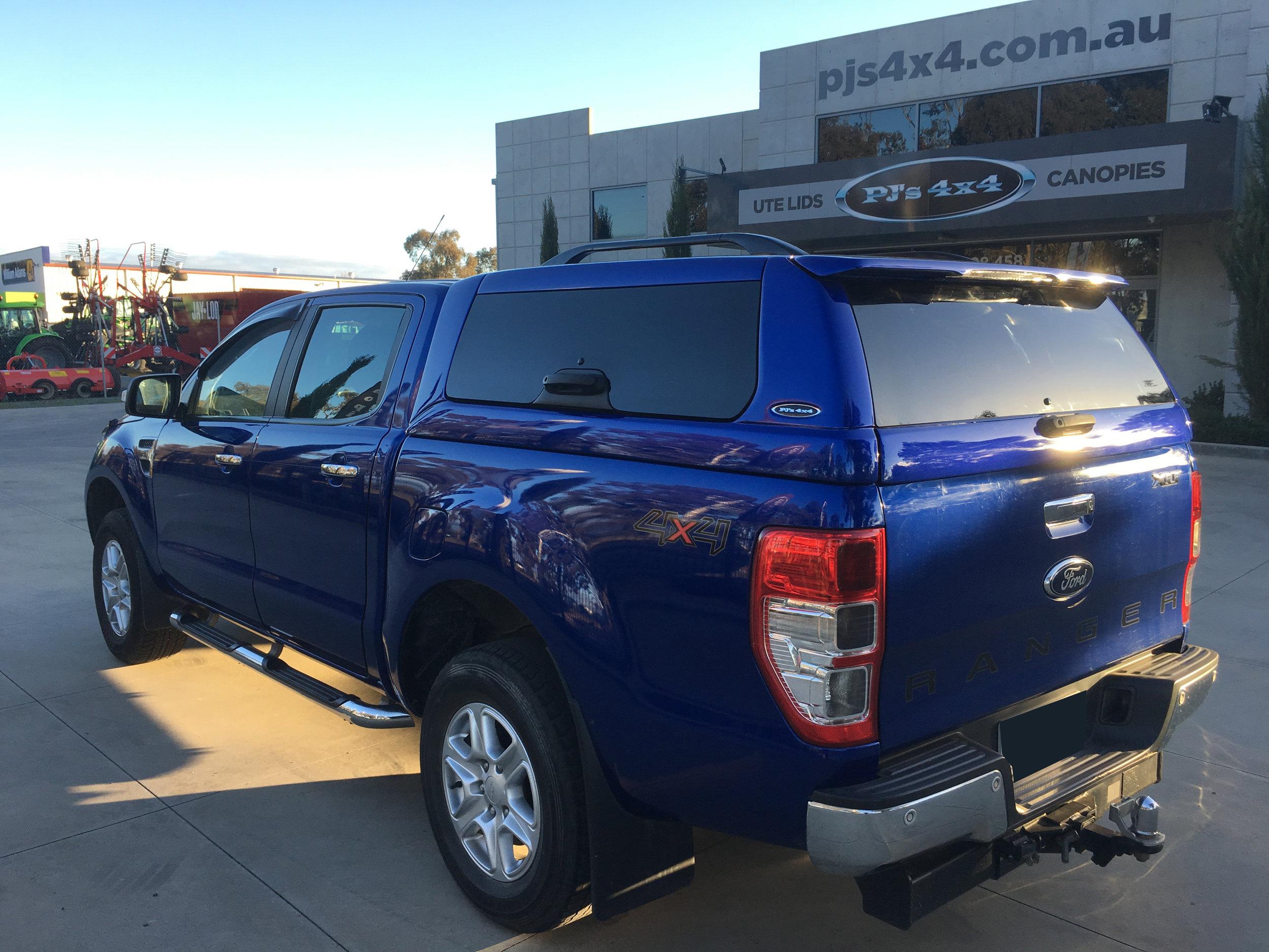 Ford Ranger ELITE Blue 5.JPG