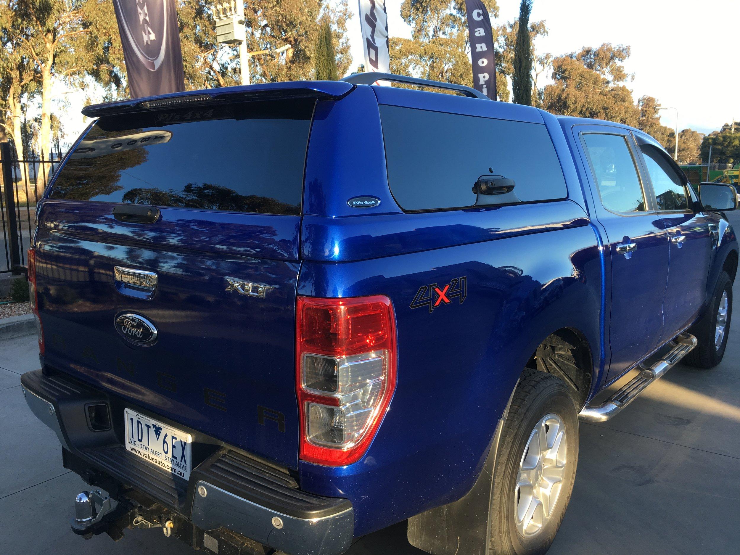 Ford Ranger ELITE Blue 3.JPG