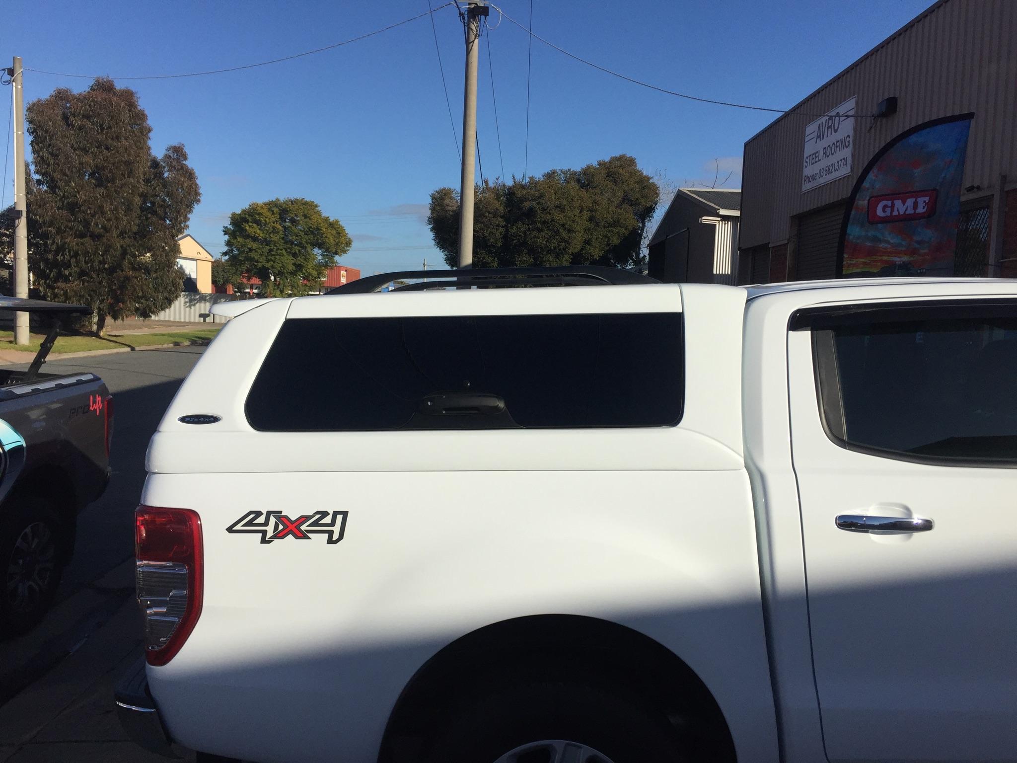 Ford Ranger ELITE White.JPG