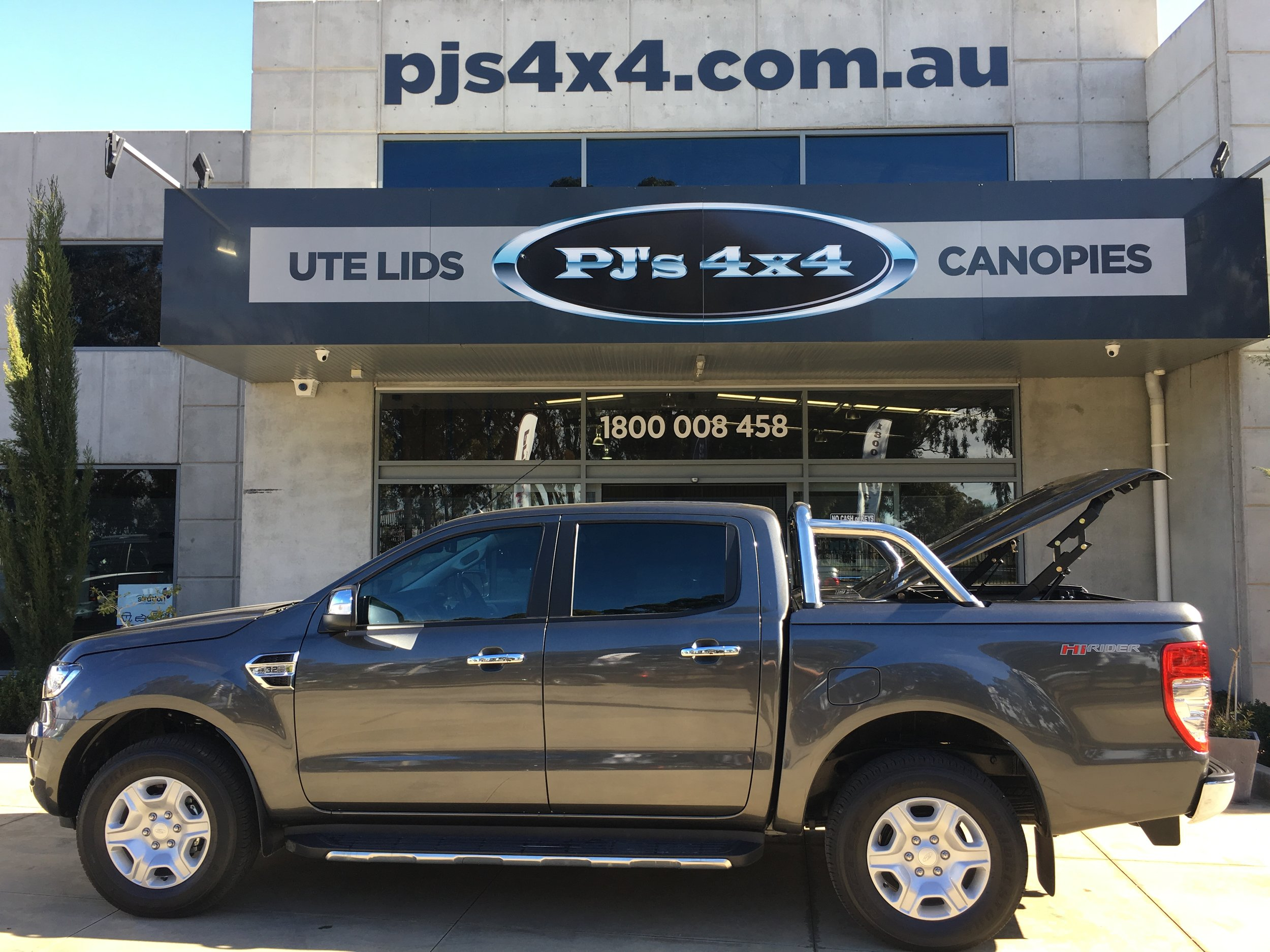 Ford Ranger Top Up Magnetic Grey 2 Piece 3.JPG