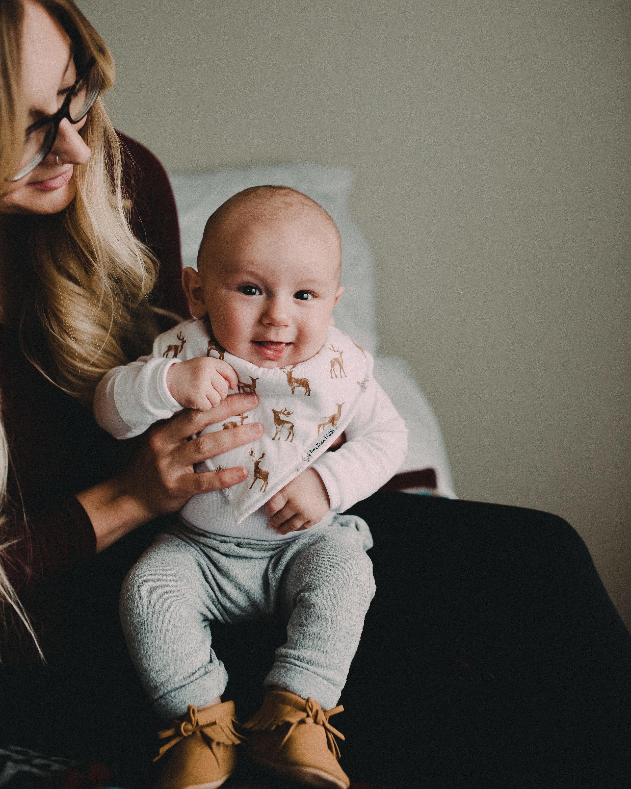 Motherhood-Photographer-Bellingham-WA-Brianne-Bell-Photography-(Kyland)