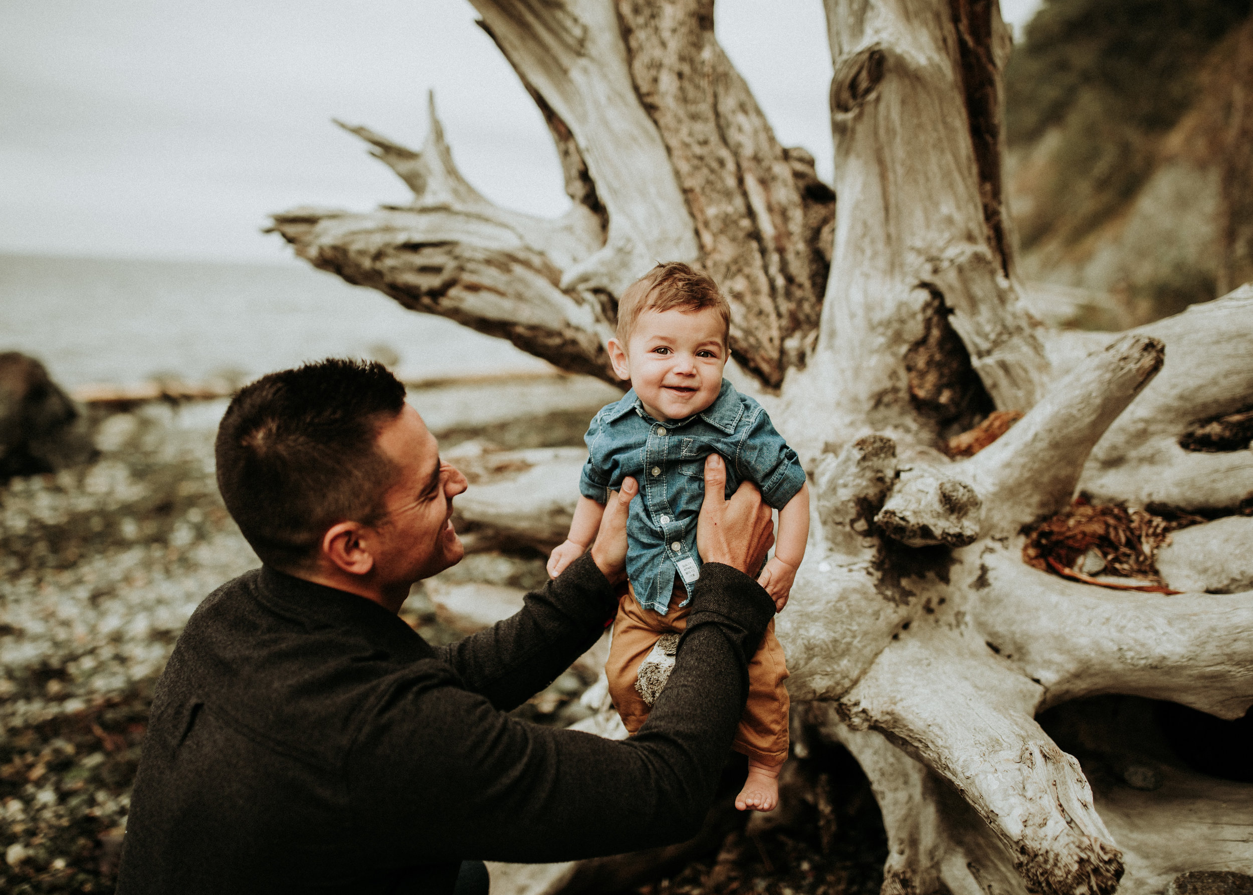 Family-Photographer-Brianne-Bell-Photography-Bellingham-Wa-(Pier)