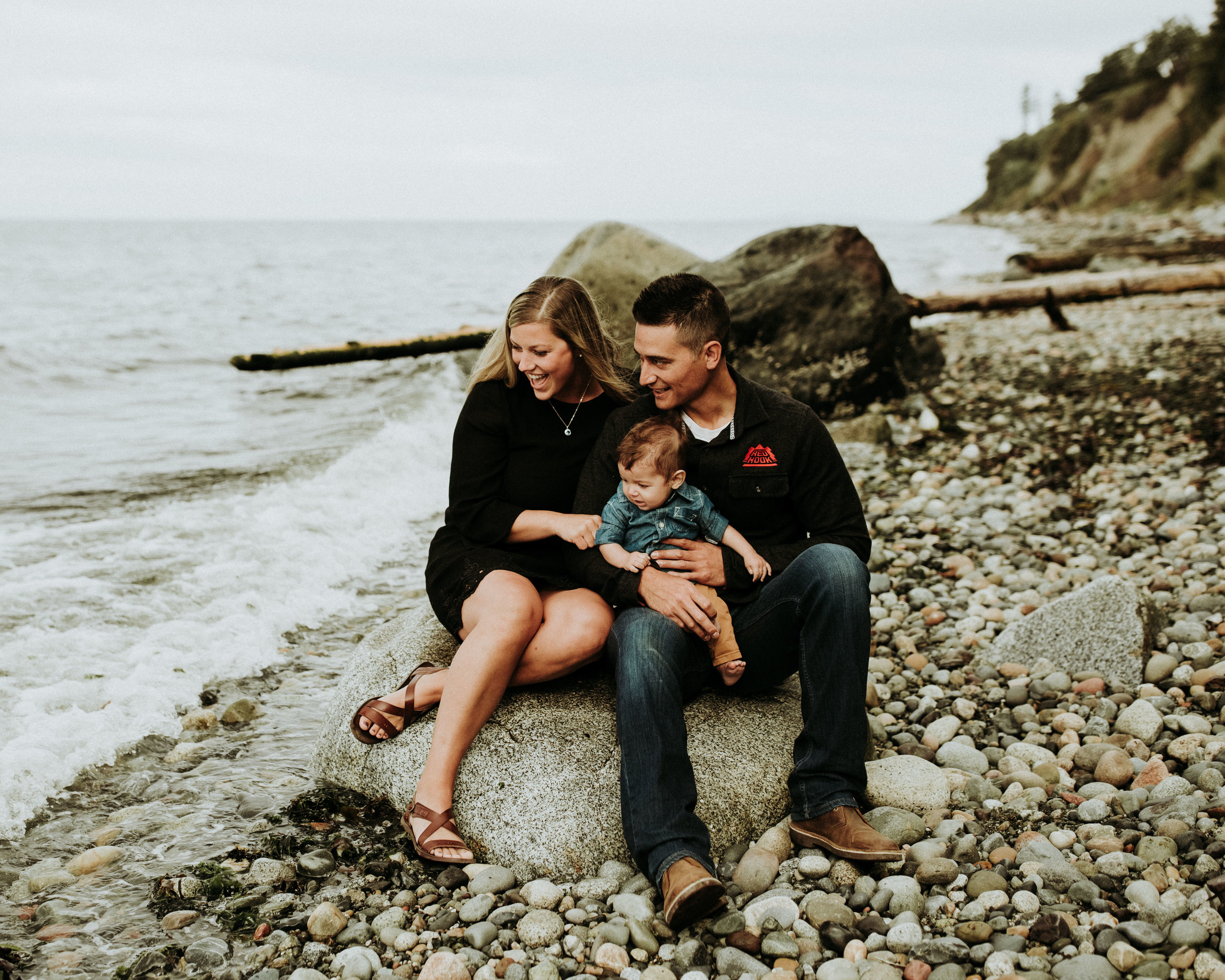 Family-Photographer-Bellingham-WA-Brianne-Bell-Photography-(Pier)-40.jpg