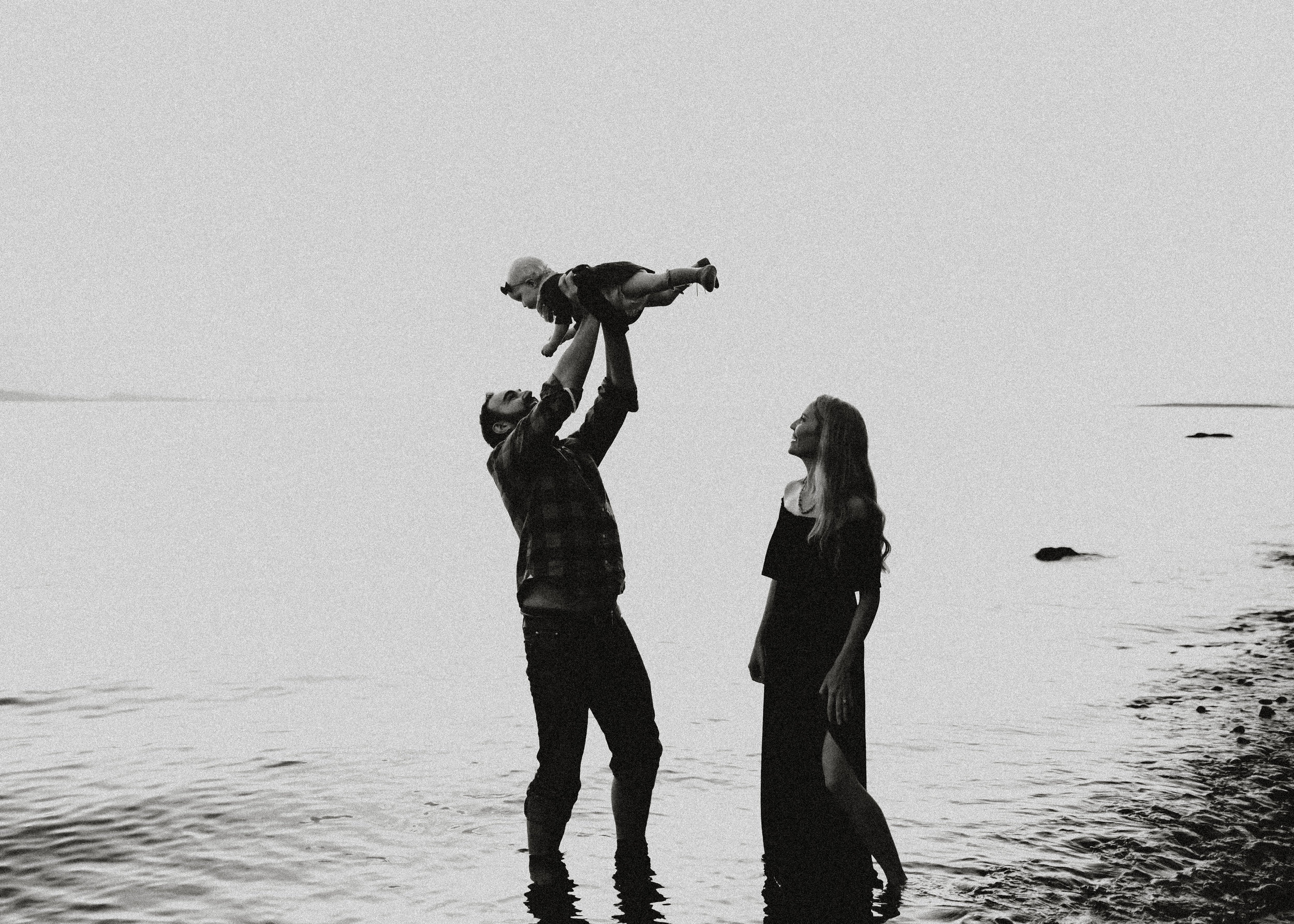 Family-Photographer-Bellingham-WA-Brianne-Bell-Photography-(Sienna)