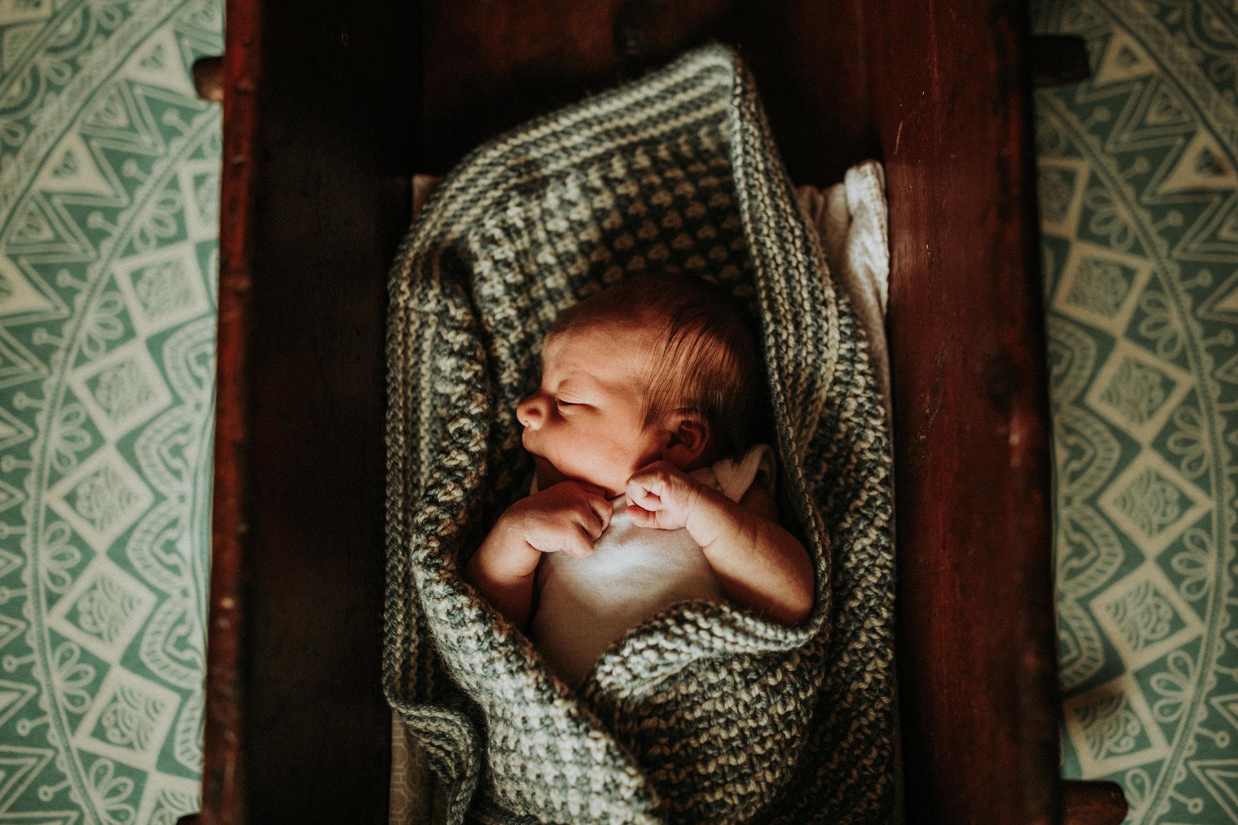 Newborn-Photographer-Bellingham-WA-Brianne-Bell-Photography-(Winston)-35.jpg
