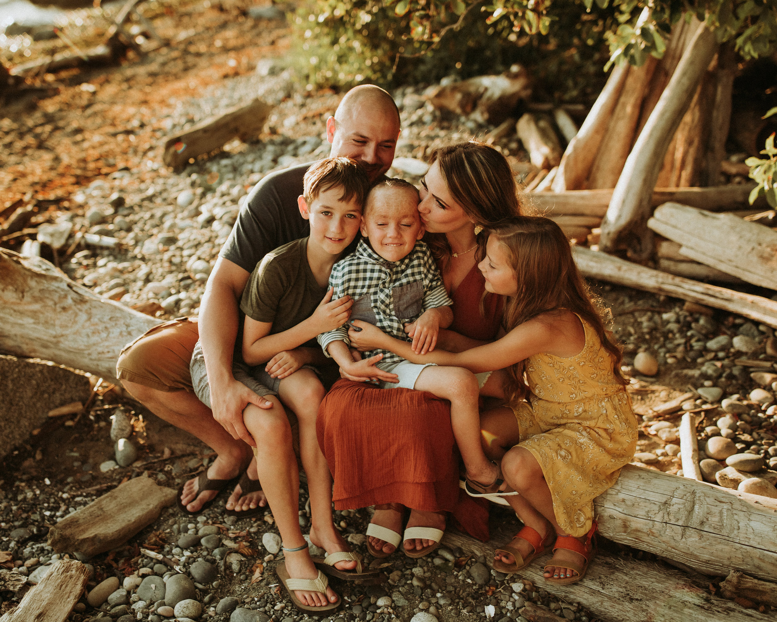 Family-Photographer-Bellingham-WA-Brianne-Bell-Photograpy-(Berry)-2.jpg