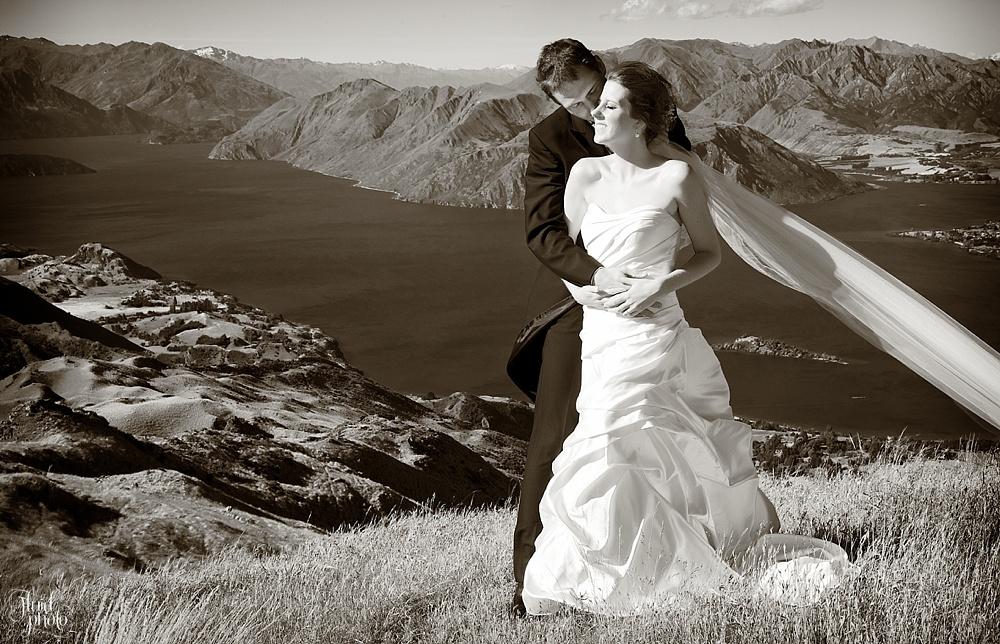 helicopter-wedding-wanaka-23.jpg