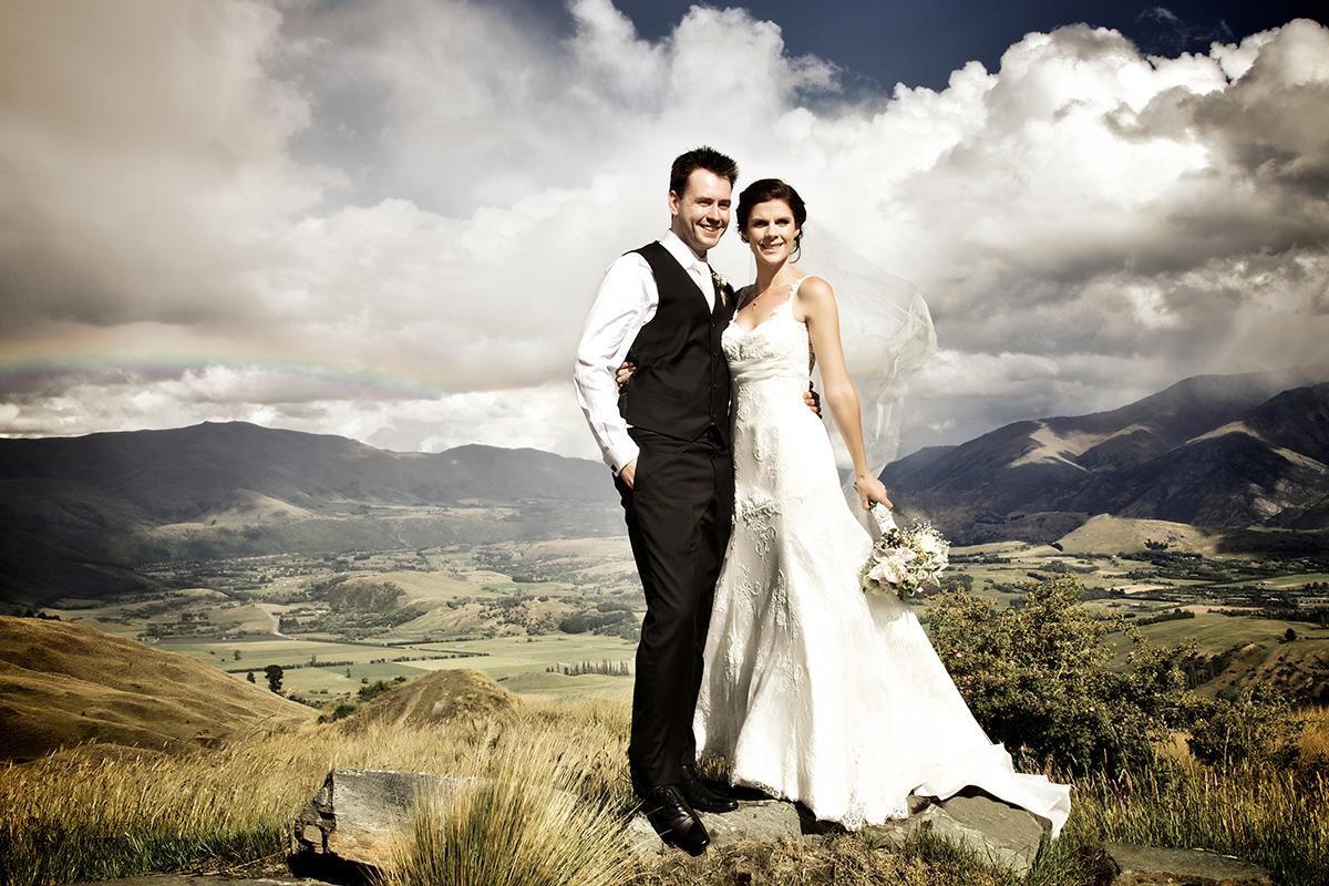 Queenstown rainy wedding photo