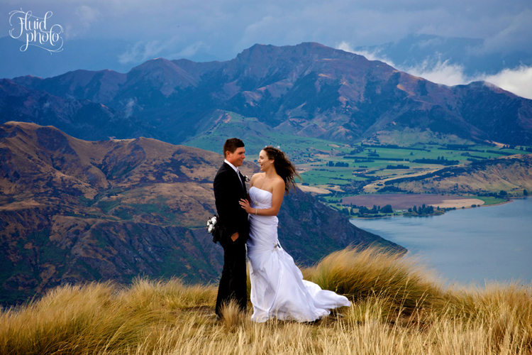 heli-wedding-wanaka-rain-22