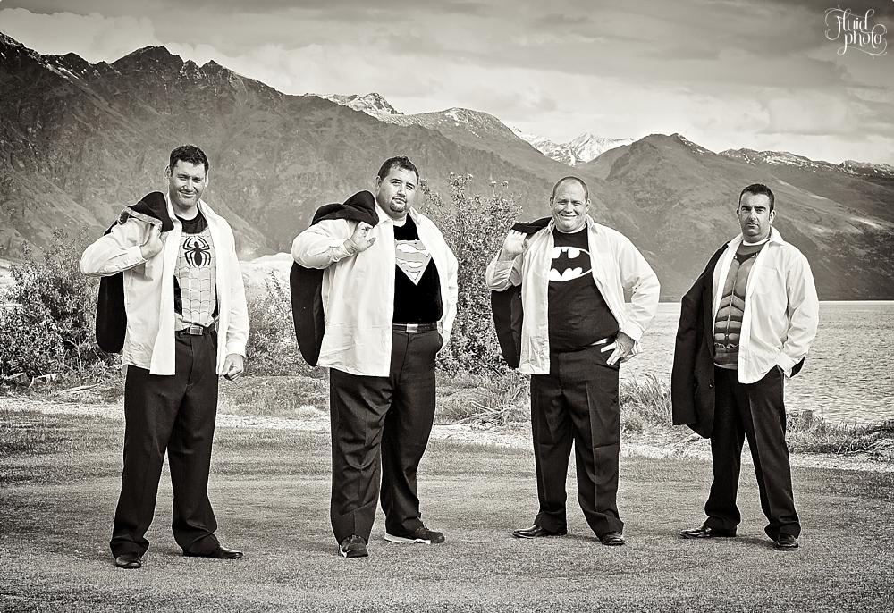 groomsmen photo ideas 36