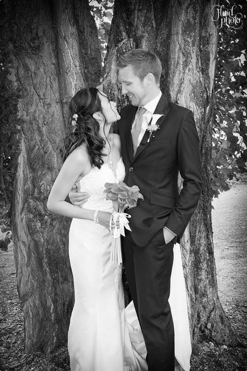 couple-wedding-poses-photo-21.jpg