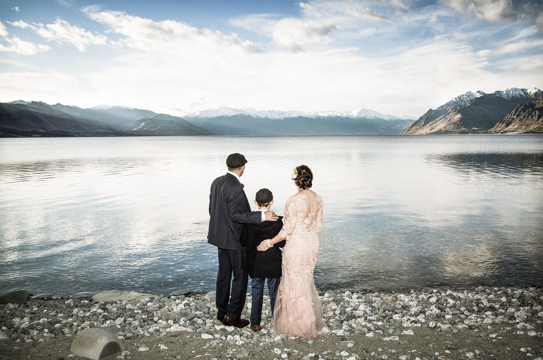 lake-hawea-elopement-wedding-photographer-21.jpg