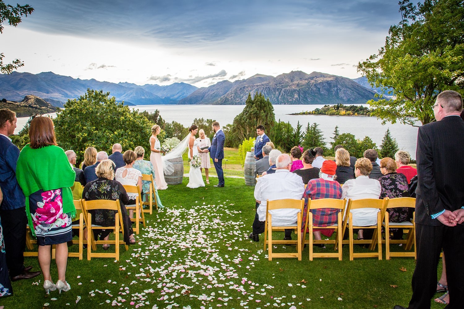 olive-grove-wanaka-wedding-24.jpg