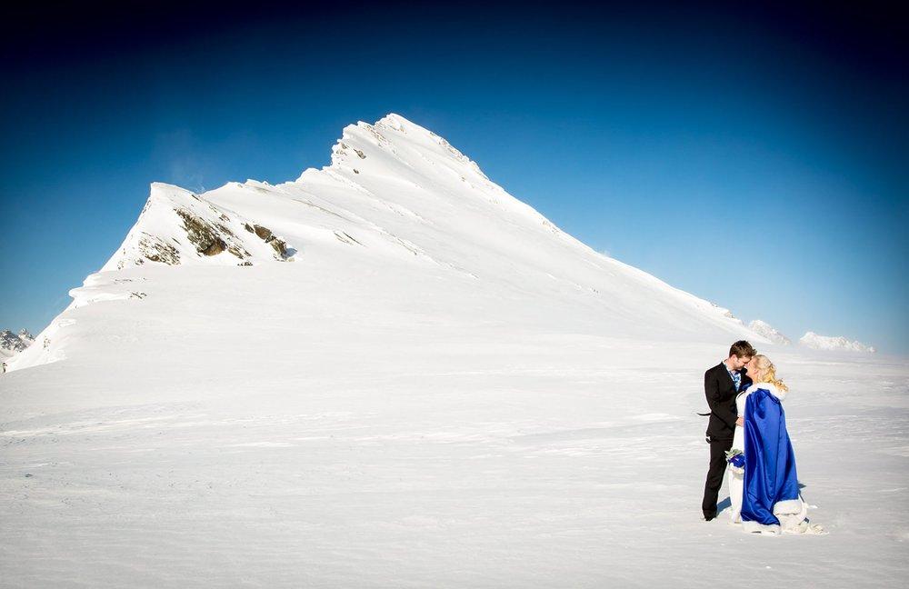 winter-wedding-wanaka-15.jpg