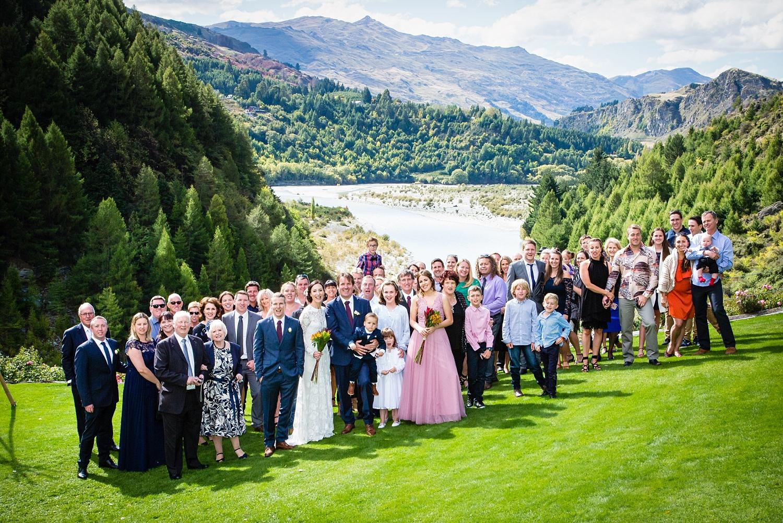 20-wedding-group-photo-queenstown.jpg