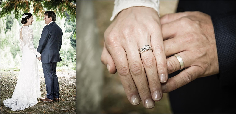 25-bride-groom-rings.jpg
