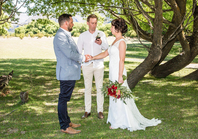 02-bride-groom-ceremony.jpg