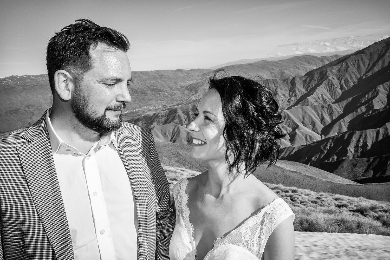 25-bride-groom-portrait-black-white.jpg