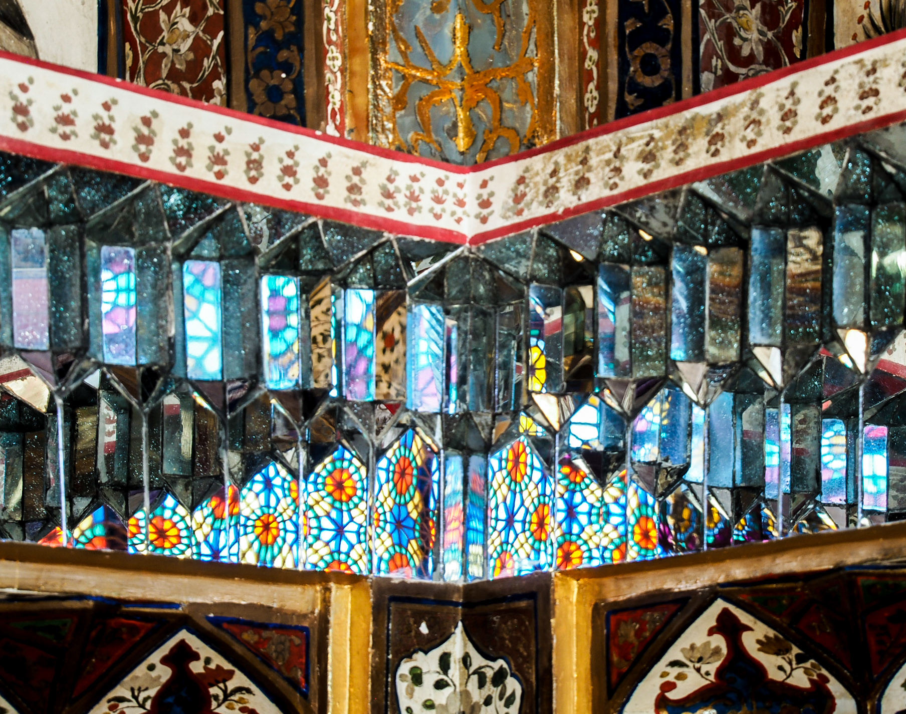 medival-mirrors-khans-winter-palace-sheki.jpeg