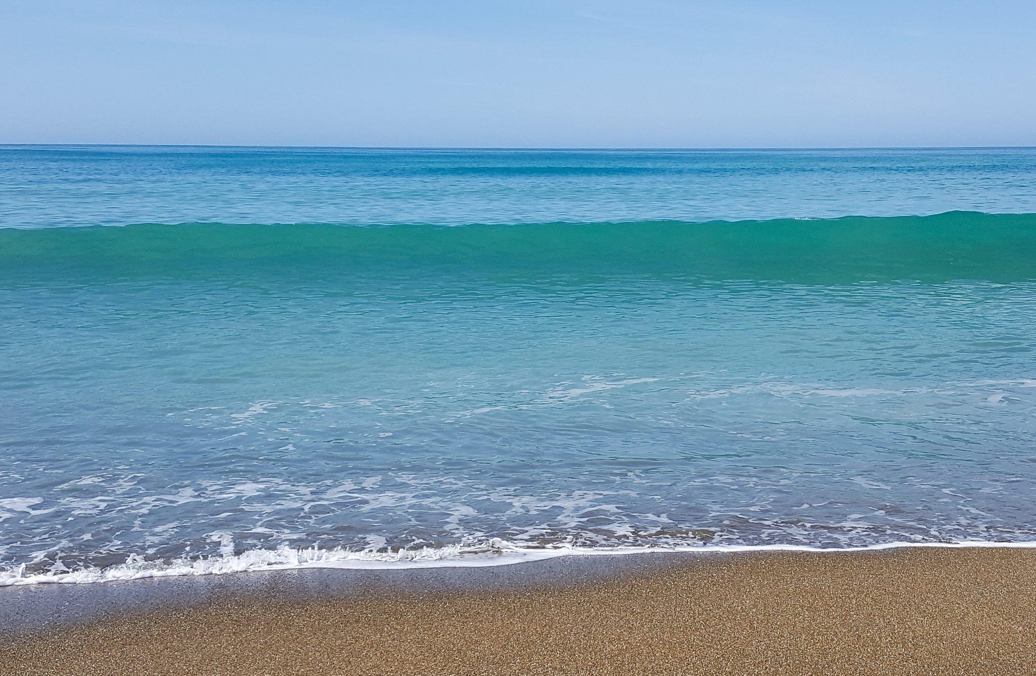 ocean-oamaru-new-zealand.jpg