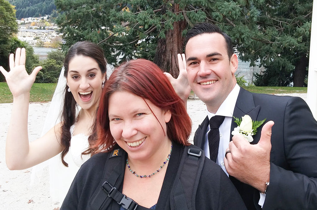 Photobomb Bride & Groom!