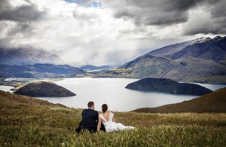 bride-groom-lake-wanaka.jpg