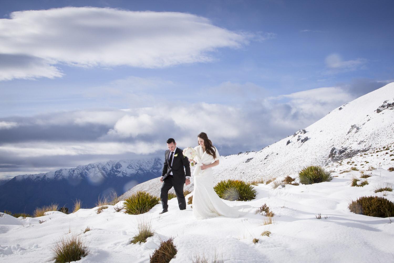 025-snow-wedding-new-zealand.jpg