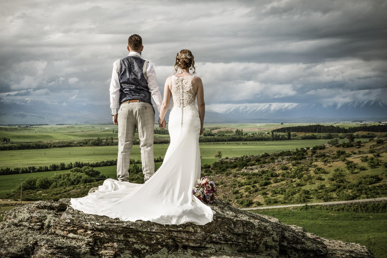 033-bride-groom-omakau.jpg