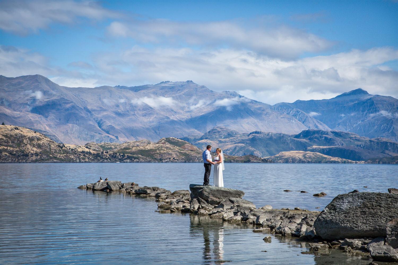 034-lake-wanaka-wedding-photography (2).jpg