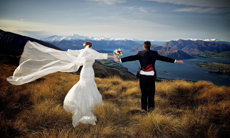 047-happy-bride-groom.jpg