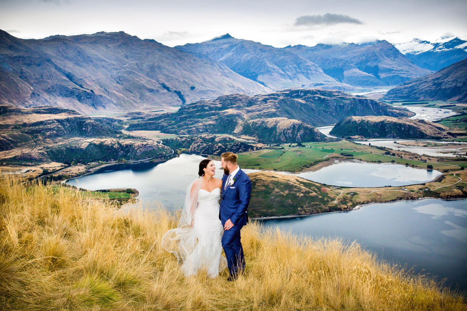 bride-groom-heli-wedding-wanaka.jpg