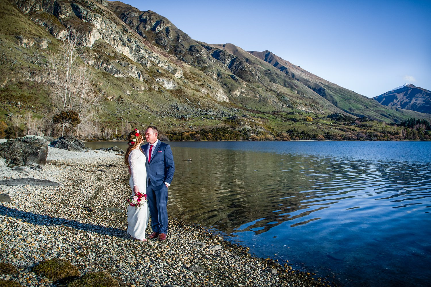 Lakeside Wanaka | Kylie and Adam;s Edgewater Resort  Wanaka wedding | Photography by Fluidphoto