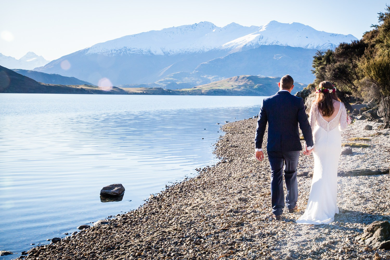 Kylie and Adam;s Edgewater Resort  Wanaka wedding | Photography by Fluidphoto