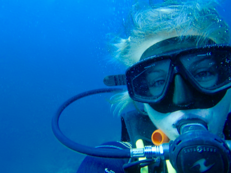 When scuba diving, you always have a buddy. The same goes for solo travel.