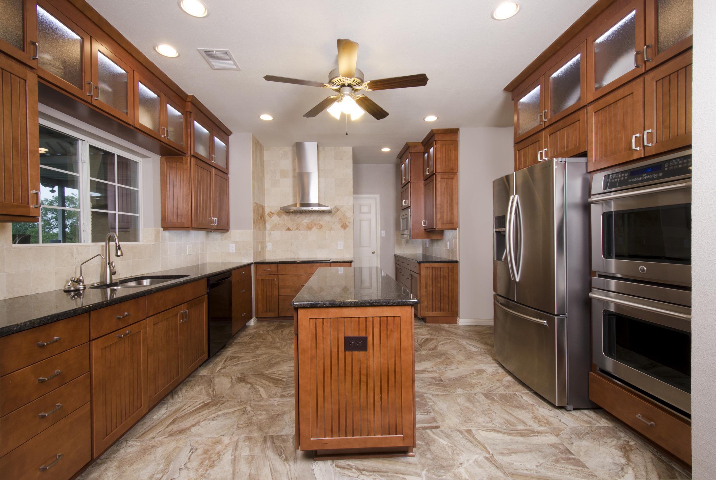 New-Braunfels_07_Rays-kitchen.jpg