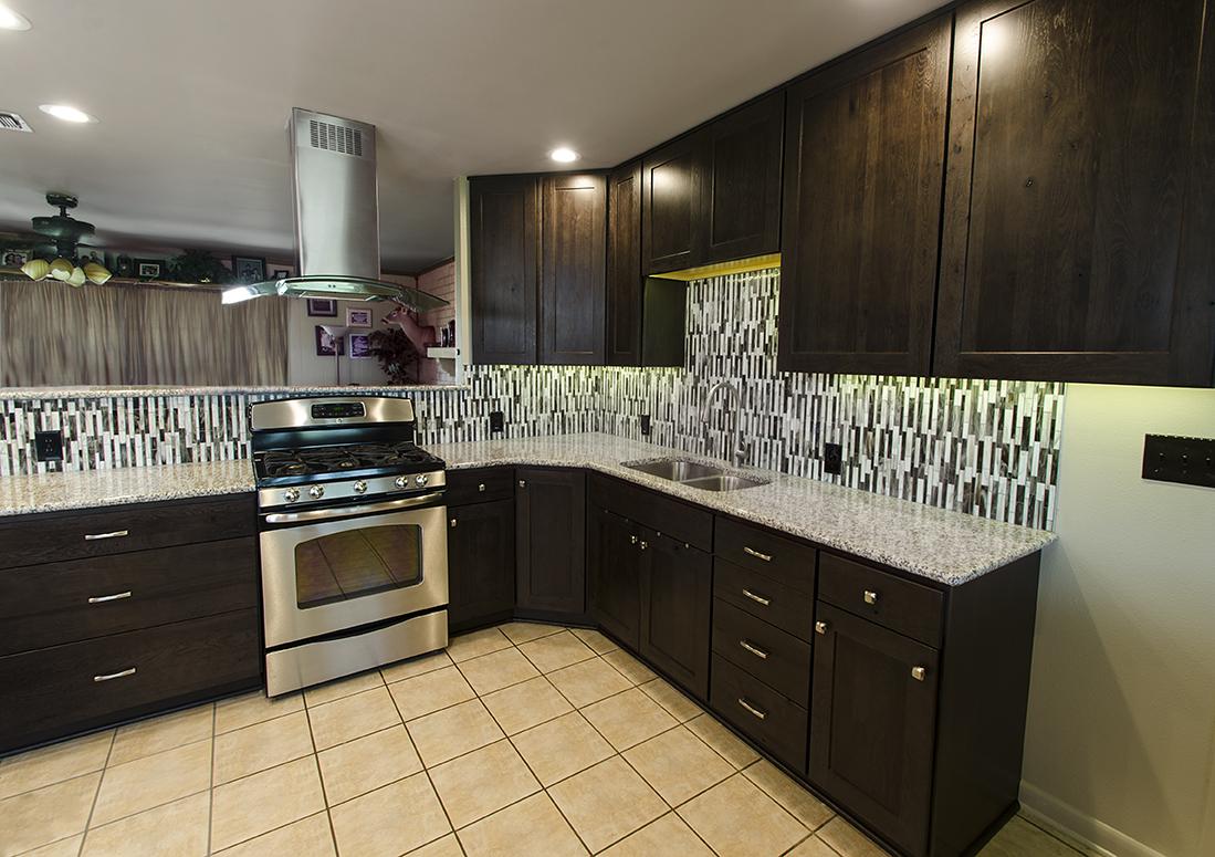 KMRemodeling_067_Dirks_kitchen_internet.jpg