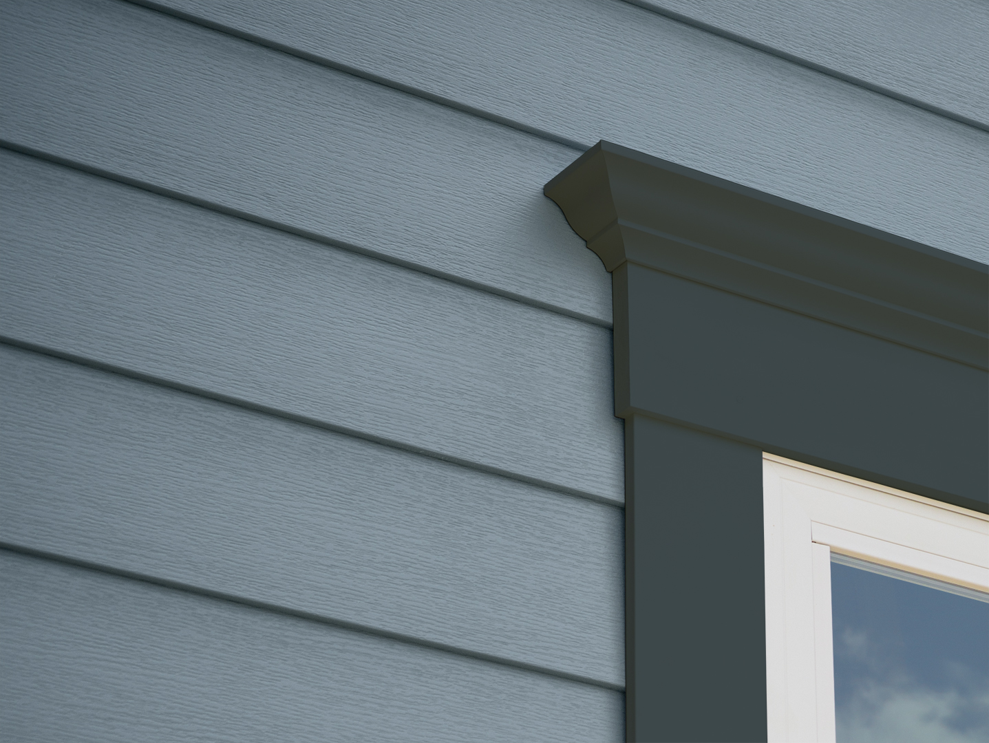 Celect Dublin window closeup - colorized siding OCEANA trim GROVE_web.jpg