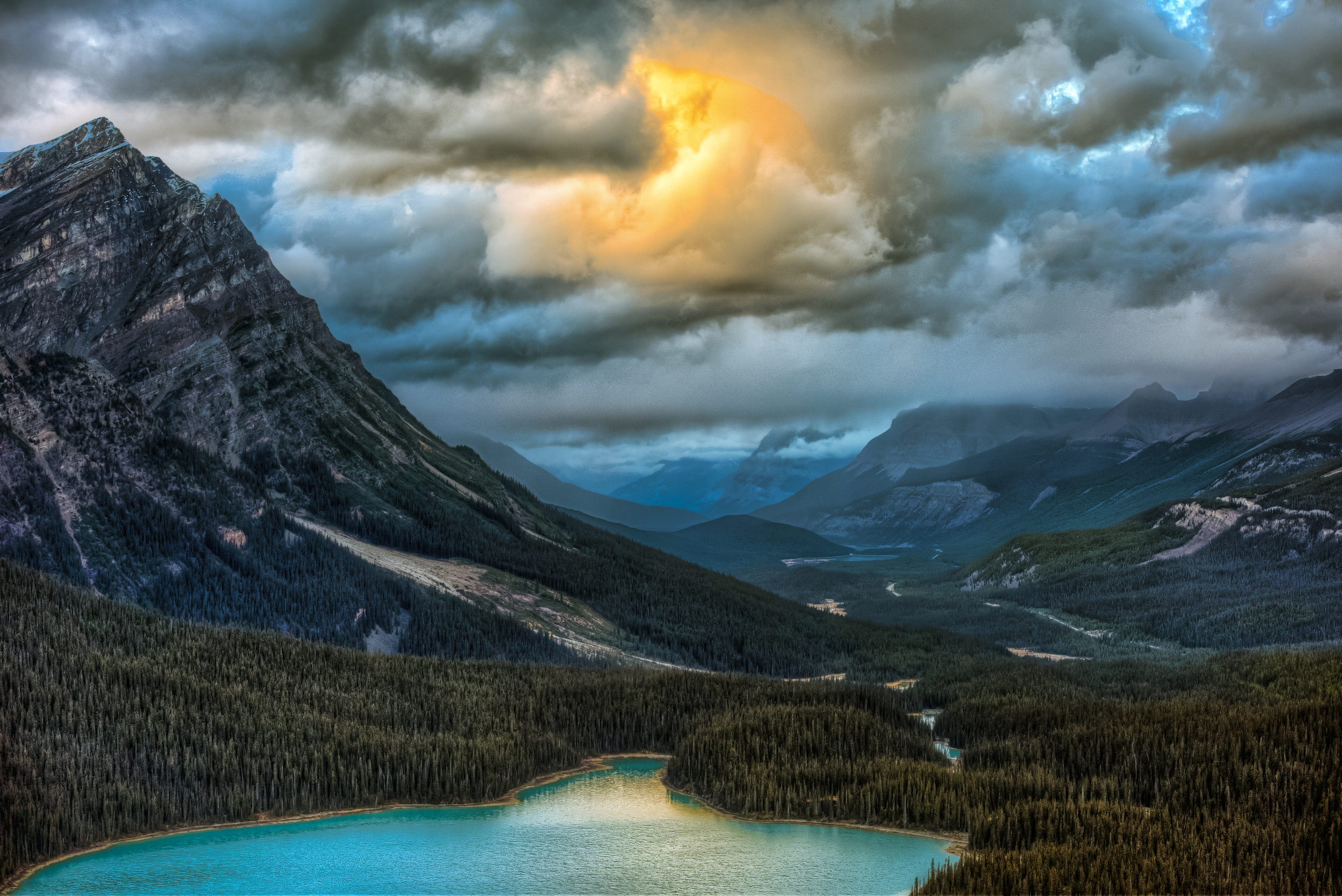 Way up the Icefields Parkway and a short hike up a hill, Alberta