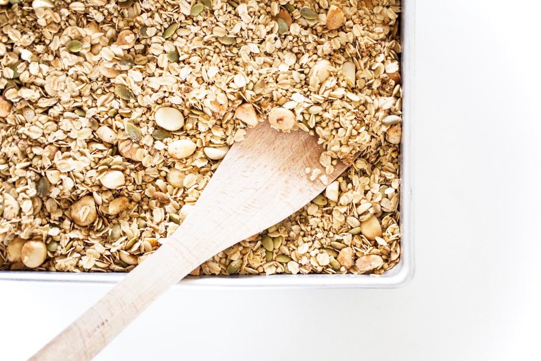 Macadamia & Wattleseed Granola