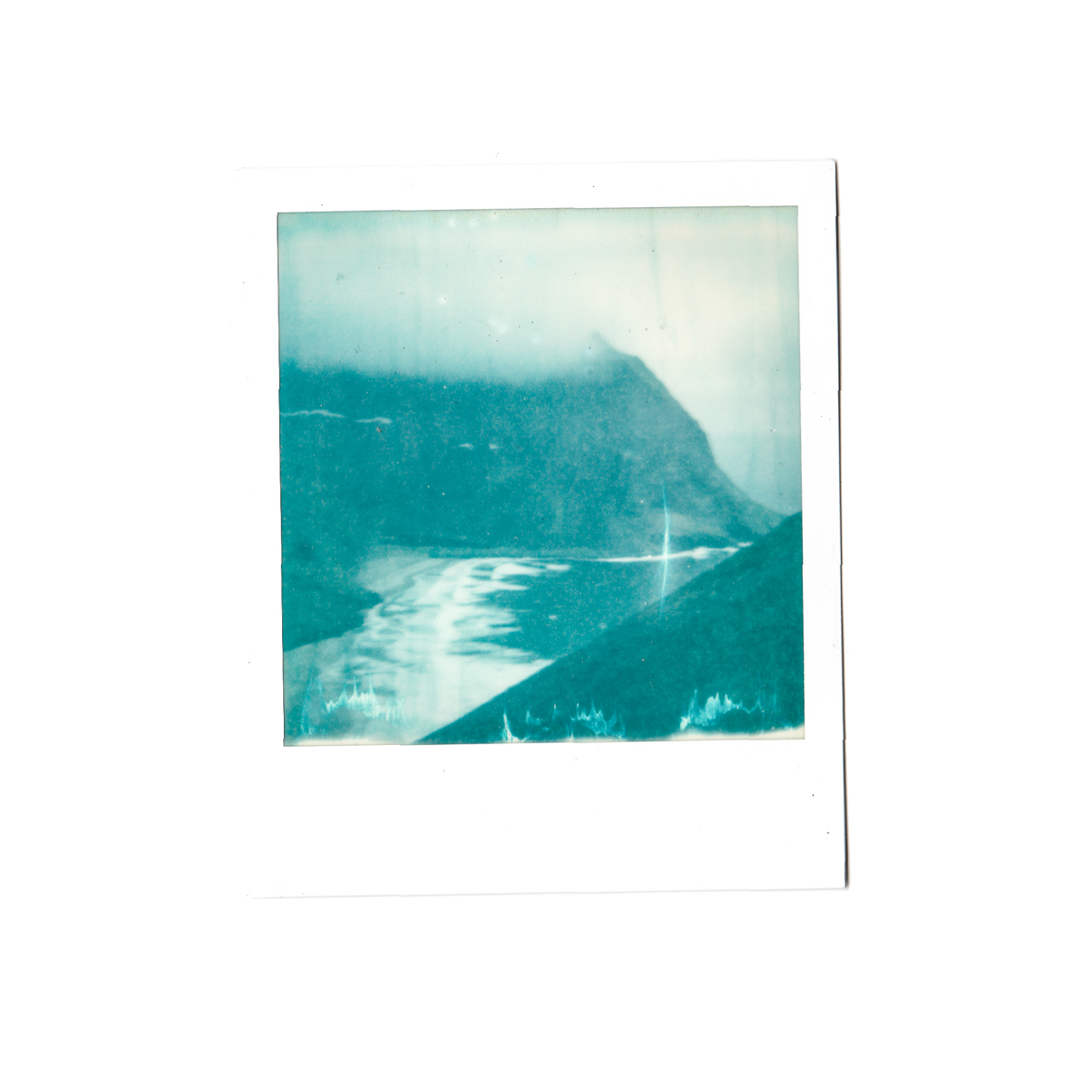 Magnolia_mountain_polaroid_nordland_.jpg