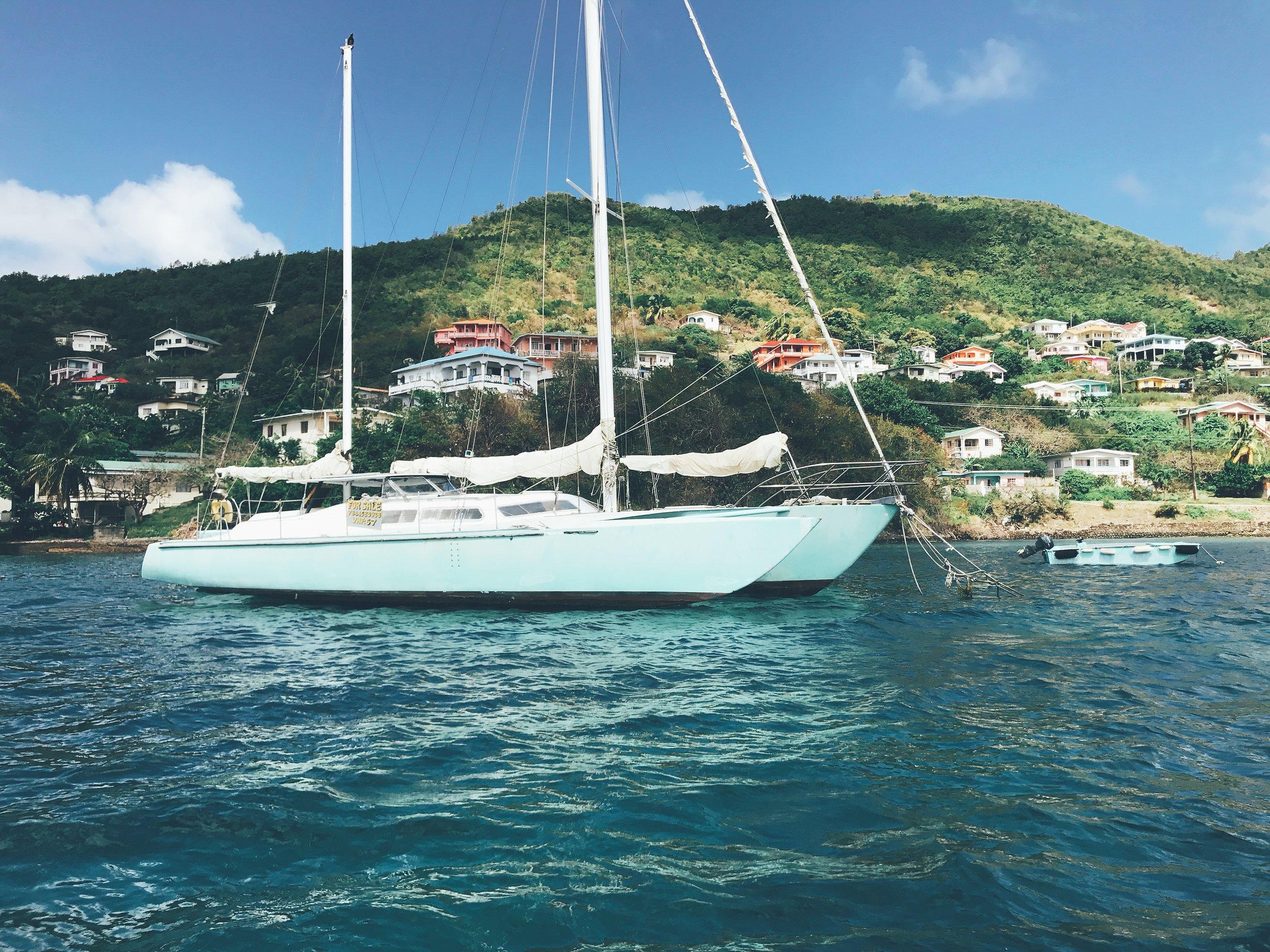 Partie il y a 4 - semaines maintenant, dans l'idée de visiter les Caraïbes et ses plages de sable fin et d'eaux turquoise, c'est à la moitié de mon séjour que je vous fais un petit récapitulatif.