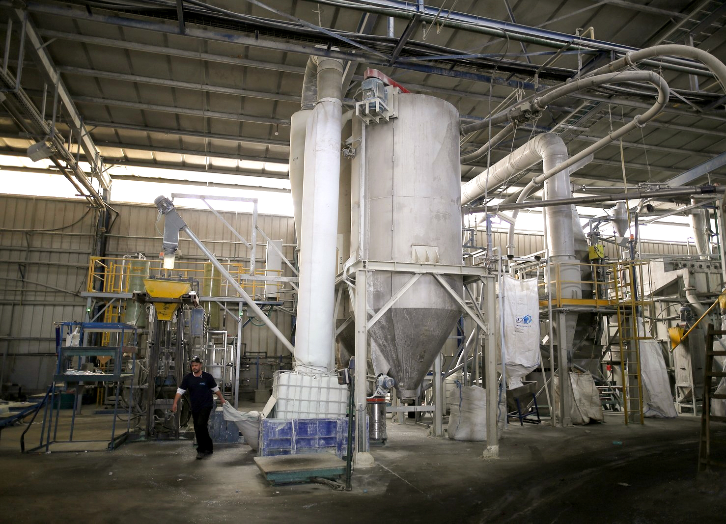 מפעל מכונות מערך אריזה.JPG