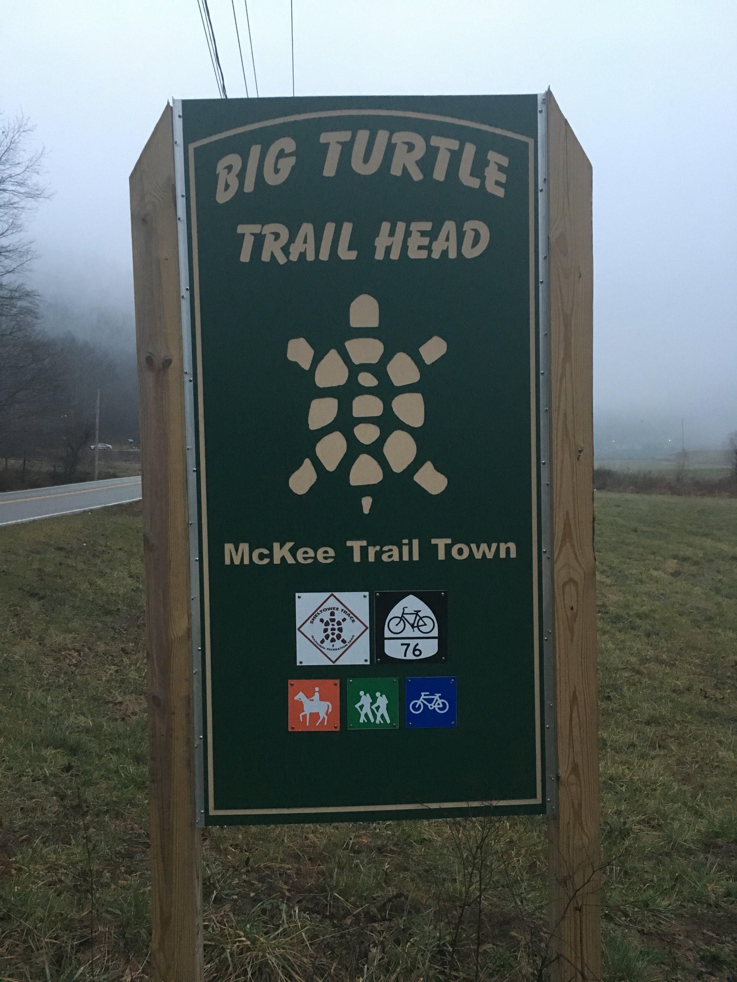 The Big Turtle trailhead outside of McKee.