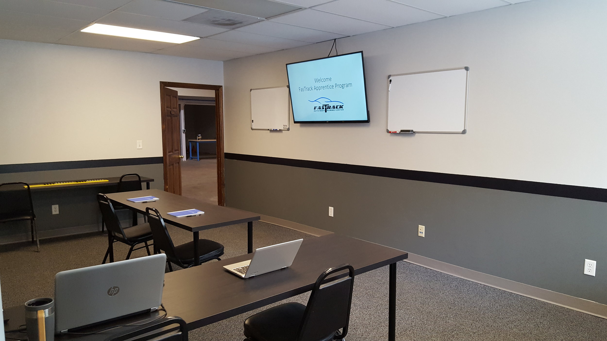 """FasTrack Classroom with 60"""" TV Monitor"""