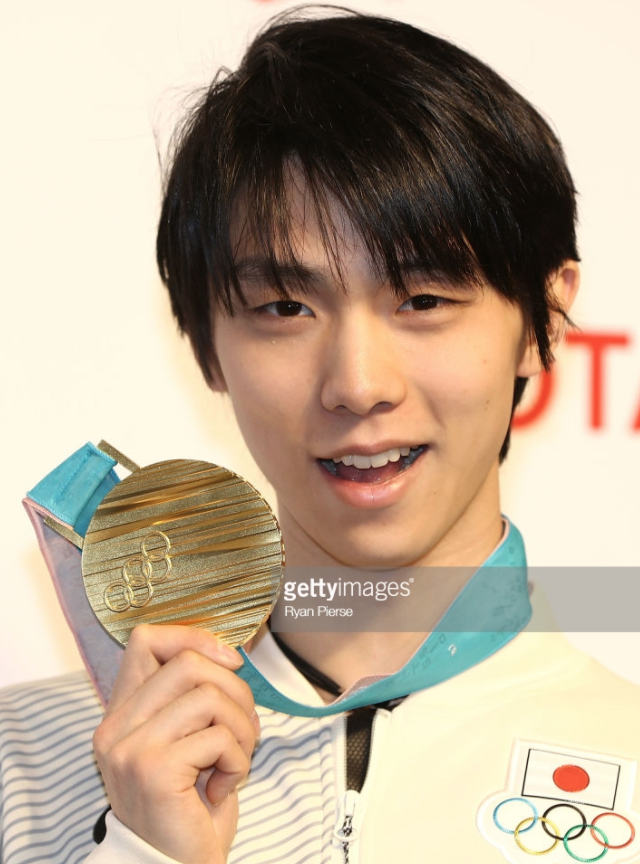 Yuzuru Hanyu is first since Dick Button to win consecutive Olympic men's singles golds.