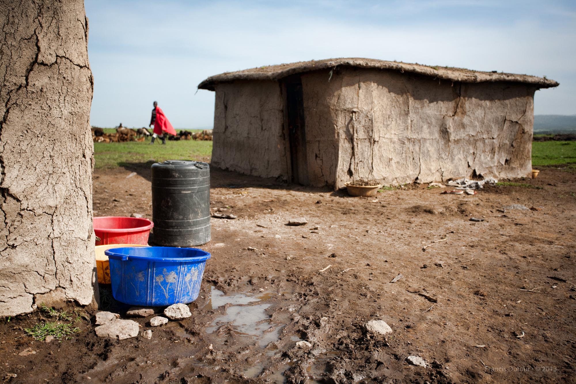 FD-IMG-1266-africa-kenya-masai-mara-village-house