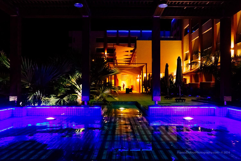 Radisson Blue Hotel pools and terrace (Sohar, Oman).