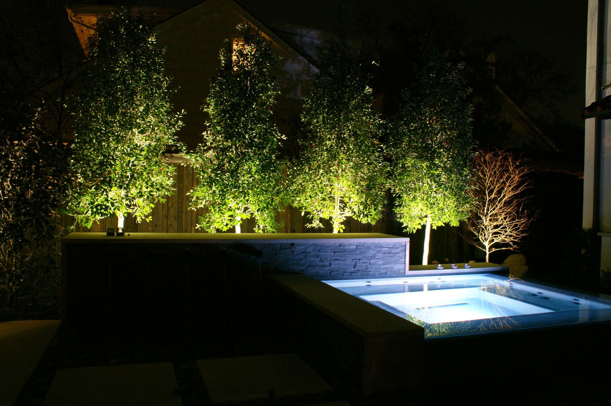 Low voltage- Dallas Landscape Lighting