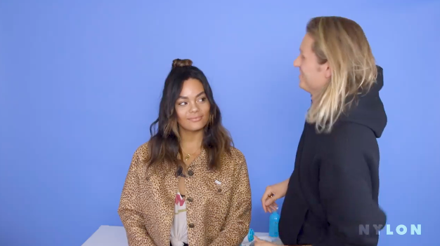 Celebrity hairstylist Bryce Scarlett gives me the ultimate '90s girl girl-inspired look.