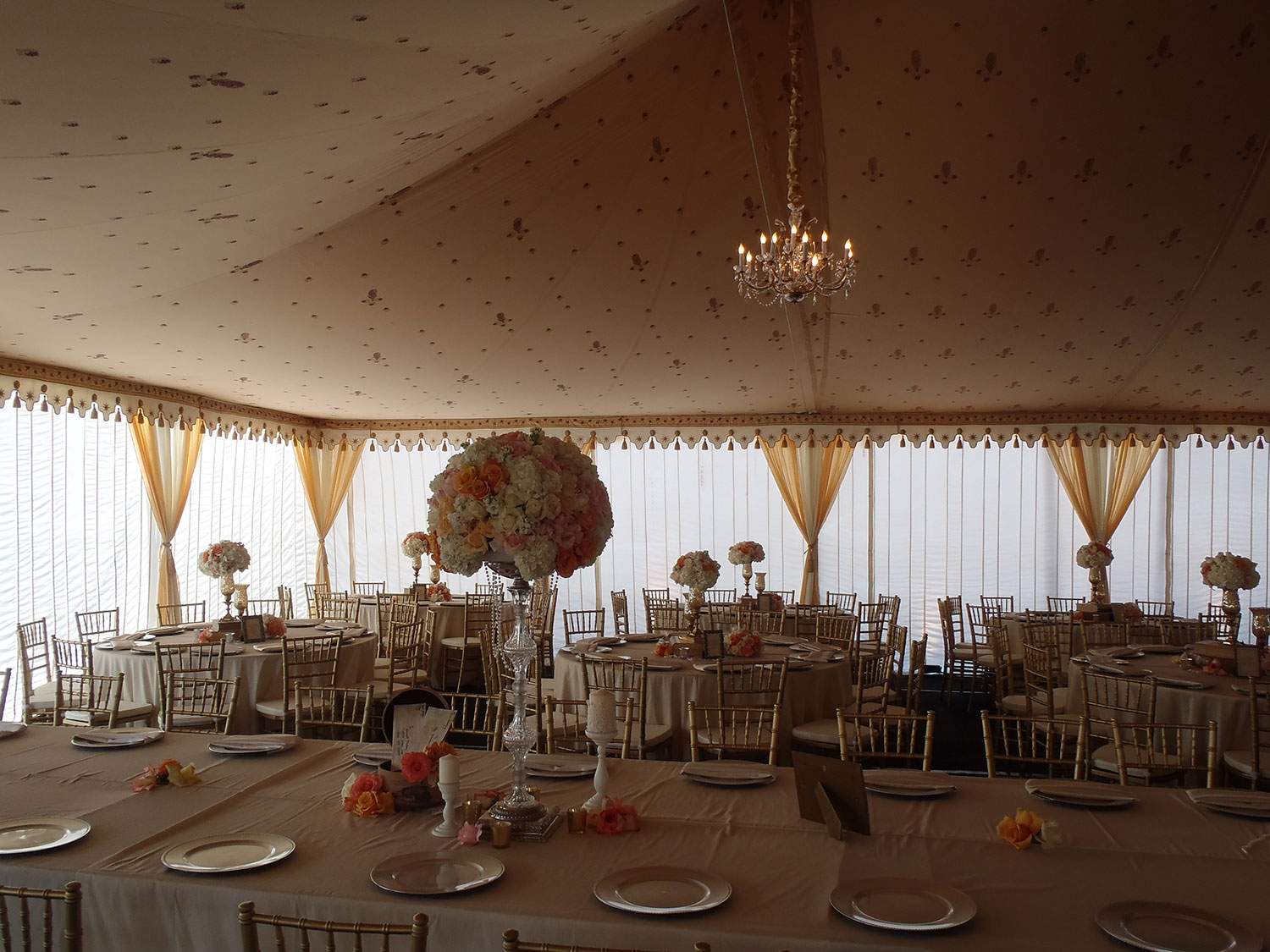 raj-tents-frame-tent-linings-cream-table-setting.jpg